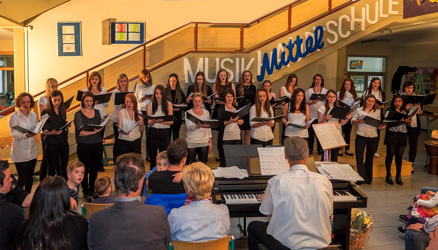Auftritt des Revival Chor