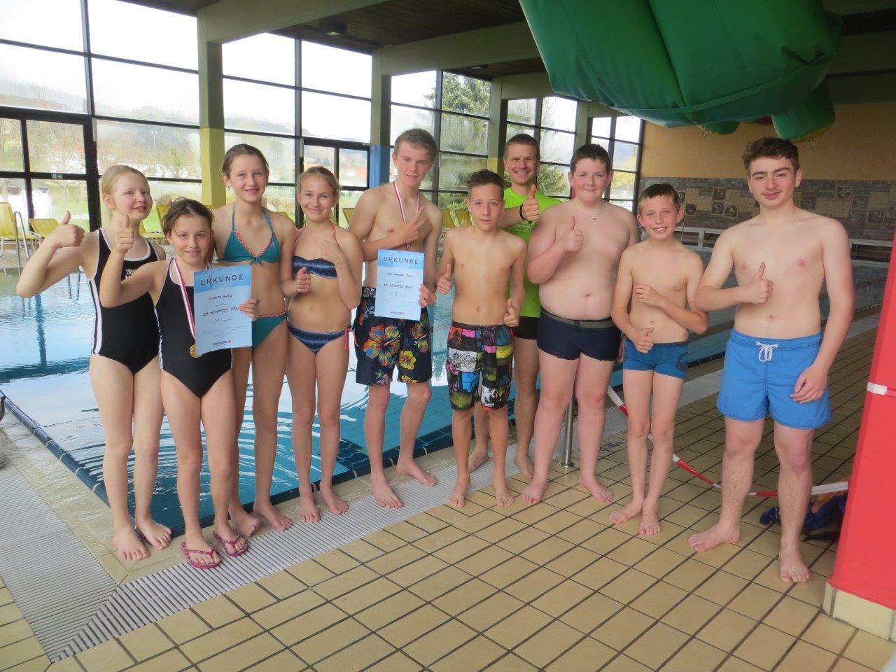Tolle Leistungen bei den Schwimmmeisterschaften